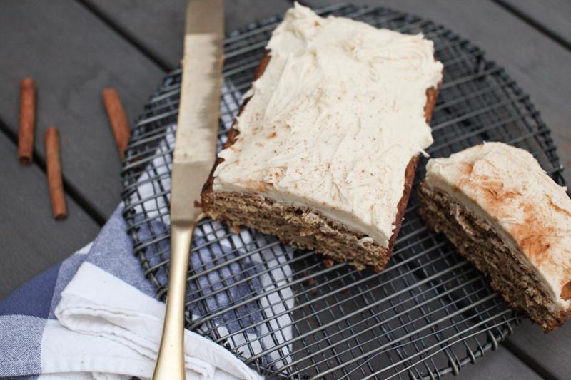 cardamom-pear-spelt-cake-honey-tahini-frosting-3